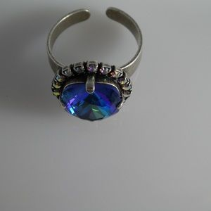 Jewelry - Handcrafted ring made with Swarovski crystal